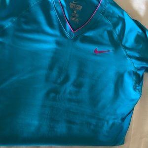 Nike shirt size M